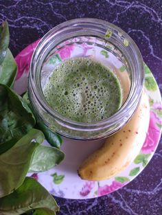 Today I made a new version of my spinach smoothie. Instead of melon I used banana for more nutritional energy. Roh Vegan, Raw Vegan Recipes, Spinach, Smoothie, Banana, Nutrition, Recipies, Smoothies, Bananas