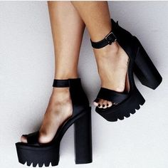 If they were closed toe so I could wear them to work!