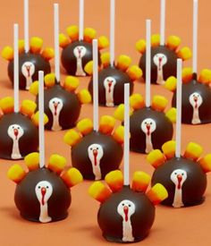 Cake pops  ... omg these are so flippin' cute!