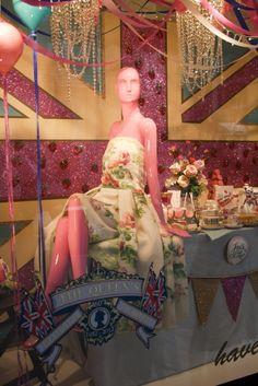 Harrods, Jubilee. We love shops and shopping - seanmurrayuk.com & www.facebook.com/shoppedinternational