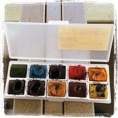 #japon #watercolor #tools #muji Muji, Art Supplies, Sketching, Palette, Watercolor, Tools, Detail, Store, Travel