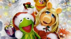 We love The Muppets and all of the Christmas specials including The Muppet Christmas Carol, A Muppet Family Christmas, A Muppets Christmas: Letters to Santa and even the controversial It's a Very Merry Muppet Christmas Movie. Christmas Shows, Christmas Albums, Christmas Carol, Christmas Movies, Muppets Christmas, Christmas Letters, Family Christmas, Merry Xmas, Christmas Stuff