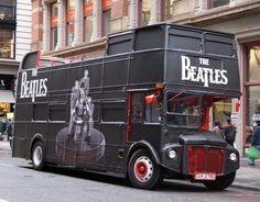 Beatles pop up shop, double decker bus