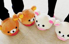 kawaii rilakkuma shoes these are so cute Rilakkuma, Bear Slippers, Cute Slippers, Winter Slippers, Kawaii Shoes, Kawaii Clothes, Cute Shoes, Me Too Shoes, Tom E Jerry