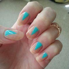 Interesting use of the natural nail #nailart