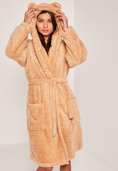 Go for the bear vibes with this brown soft fleece dressing gown with teddy bear ears to the hood.