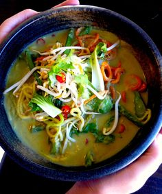 Plant-based Thai Green Curry (gluten, grain, nut & sugar-free) - great for a cold day !