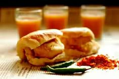 Delicious Foods, Vada Pav, Spicy Dishes, Fod Lover, Food Paradise, Indian Food, Mumbai Good, Tea.