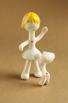 Art deco porcelain: Girl playing with dog - Hollóháza Hungary, Art Deco, Artsy, Pottery, Ceramics, Vintage, Ceramica, Ceramica, Pottery Marks