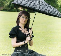 gothic umbrella;gothic T-shirt;gothic punk black T-shirt;dark in love