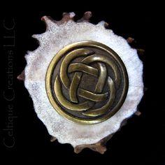 Circle Celtic Knot Deer Antler Kilt Pin Handmade Cap Badge Tie Tack | celtique_creations - Accessories on ArtFire