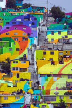 209 Hillside Homes Painted in Swirling Colors Makes a Positive Impact in Mexico - My Modern Met