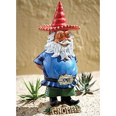 Not+all+gnomes+are+little+European+guys!With+his+green+mariachi+pants,+red+sombrero,+and+Gnombre+belt+buckle,+this+figure+adds+a+bright+south-of-the-border+accent+to+any+indoor+or+outdoor+spot!