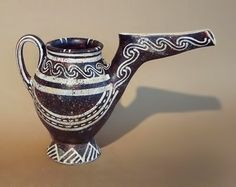 Minoan teapot – Kamares.  [Weird]