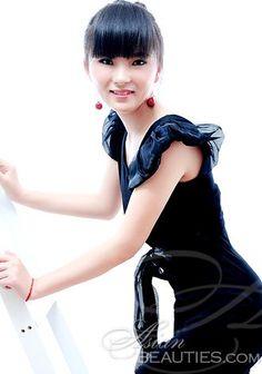 Nós esperamos que você aproveite nossa galeria de fotos;  Mulher americana asiática leste Zhenni (Ada)