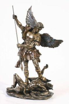 Sale - Archangel St Saint Michael Statue Sculpture Magnificent by Pacific Giftware Archangel Michael Tattoo, St Michael Tattoo, Angel Sculpture, Sculpture Art, Sculptures, Bronze Sculpture, Saint Michael Statue, Angel Warrior, Mont Saint Michel