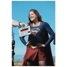 "Melissa Benoist on Instagram: ""To say it has been an honor portraying this iconic character would be a massive understatement. Seeing the incredible impact the show has…"" Melissa Marie Benoist, Glee, Fake Baby Bump, Amy Duggar, Ti Videos, The Cw Series, Chris Wood, Iconic Characters, Nicole Scherzinger"