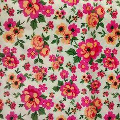 C0091 - floral rosa e amarelo, fundo amarelo claro.