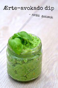 Ærte-avokado dip Du skal bruge (til et syltetøjsglas) 1 avokado 1 dl frosne ærter, optøet 1- fed hvidløg saft af 1/2 citron salt og peber