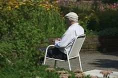 Demenz rechtzeitig erkennen - Mit der steigenden Lebenserwartung in Deutschland und dem generellen demographischen Wandel der Bevölkerung, erkranken immer mehr Menschen an einer Demenz.