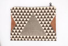 A hypnotic handbag. #etsy #etsyfinds