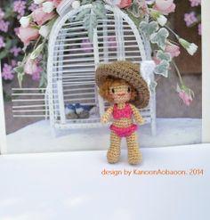 amigurumi crochet doll: 2 inch miniature crochet doll -- Girl in Bigini