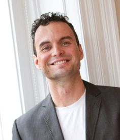 Phil Gauvin, co-founder of matchFWD, a social recruiting platform connecting employers and job seekers through social connections helping you land a better job joins Enterprise Radio. Big Face, Good Job, Social Networks, Interview, Inspiration, Biblical Inspiration, Social Media, Inspirational, Inhalation