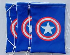 Mochilas Capitão America 3 Captain America Party, Captain America Birthday Cake, Hi Gorgeous, Non Woven Bags, Avengers Birthday, Operation Christmas Child, String Bag, Sewing Leather, Candy Bags