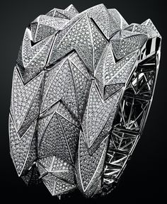 Madam has arrived - Audemars Piguet Diamond Fury Haute Joaillerie Watch : Luxurylaunches Pearl And Diamond Ring, Diamond Jewelry, Jewelry Rings, Jewelry Watches, Jewelry Accessories, Jewelry Design, Unique Jewelry, Harry Winston, Patek Philippe