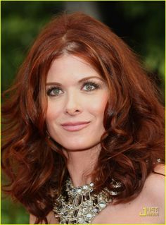 Debra Messing's hair OMG