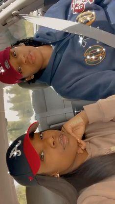 Cute Black Couples, Cute Lesbian Couples, Black Couples Goals, Lesbian Love, Cute Couples Goals, Couple Goals, Girlfriend Videos, Girlfriend Goals, Freaky Relationship Goals Videos