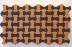 making a 'bow tie' circle pattern - tutorial End Grain Cutting Board, Diy Cutting Board, Wood Cutting Boards, Make A Bow Tie, How To Make Bows, Woodworking Bed, Woodworking Projects, Circle Pattern, Wood Patterns