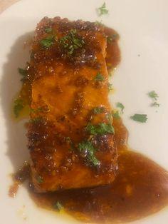 HONEY GARLIC GLAZED SALMON 4 (6 oz each) salmon filets 1/2 tsp kosher salt 1/2 tsp black pepper 1/2 tsp smoked paprika (or regular paprika) Glazed Salmon, Smoked Paprika, Garlic, Salt, Honey, Stuffed Peppers, Black, Black People, Stuffed Pepper