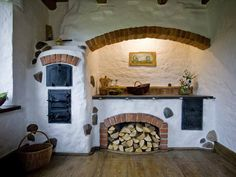 cob, masonry heater, cook-stove in the Kitchen , Living room or outside Cob House Interior, Home Interior Design, Adobe Haus, Tiny Homes, New Homes, Earthship Home, Cooking Stove, Stove Oven, Tadelakt