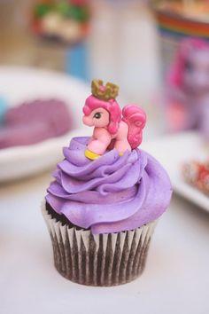 Rainbow Themed My Little Pony Party with Such Cute Ideas via Kara's Party Ideas | KarasPartyIdeas.com #RainbowParty #MyLittlePonyParty #PartyIdeas #Supplies (9)