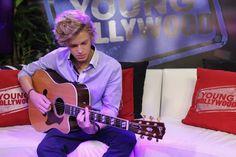 Cody Simpson rockin' the guitar! @CodySimpson