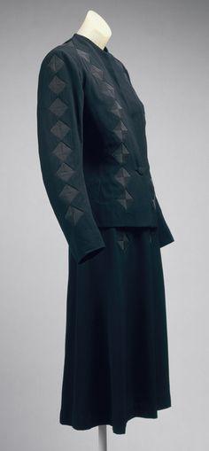 Jean Patou: Day suit (1978.165.20a,b) | Heilbrunn Timeline of Art History | The Metropolitan Museum of Art