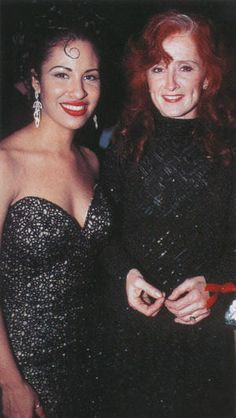 Selena with Bonnie Raitt