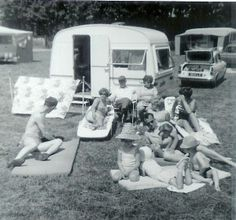 Caravans & Trailers - Tom and Florence Bateman with family (originally from http://www.cathandmathcamping.com/vintage-camping/ ) from http://www.google.com/imgres?start=161=10=1=en=1536=760=36=isch=rXxRa6z6J292gM:=http://therepublicofless.wordpress.com/2010/08/12/happy-camping/=pKHlCmK7Q9FhwM=http://therepublicofless.files.wordpress.com/2010/08/camping-bateman-family-at-brixham1-300x280.jpg=300=280=1S9ZT4vhD-Pe0QHo2YmiDw=1=