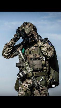 Militar                                                                                                                                                                                 Más