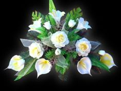 Image result for stroiki na cmentarz Ikebana, Diy And Crafts, Flowers, Plants, Calla Lilies, Flora, Royal Icing Flowers, Floral, Plant