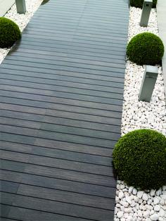 20 Amazing DIY Garden Pathway Design For Best Backyard Ideas Back Gardens, Outdoor Gardens, Hanging Gardens, Outdoor Living, Outdoor Decor, Outdoor Tiles, Rustic Outdoor, Outdoor Decking, Rustic Patio