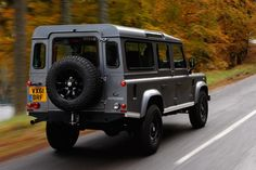 Land Rover Defender SUV pictures