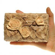 Розы серо-коричневые 9х14см, толщина стенок 8мм. Изделие из дерева, Шкатулка для украшений