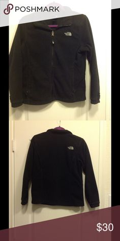 🎉🎉🎉North Face girls jacket🎉🎉🎉 100% polyester The North Face Jackets & Coats