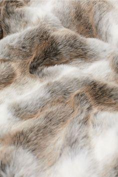 Faux Fur Throw - Gray - Home All | H&M US 2 Faux Fur Bedding, Faux Fur Rug, Faux Fur Blanket, Faux Fur Throw, Grey Fur Throw, Chic Chalet, Plaid Gris, Fur Pillow, Cotton Canvas