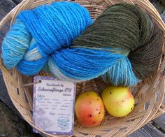 Hand dyed yarn. Self striping knitting supply. Color changing natural sheep wool. - pinned by pin4etsy.com