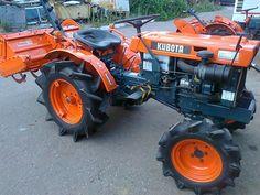 Kubota Tractors, Compact Tractors, Antique Tractors, Lawn And Garden, Creatures, Yard, Tools, Mini, Vehicles