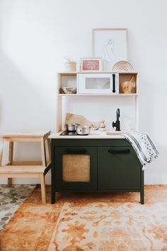 How I refinished our DUKTIG Play Kitchen for free with paints I already had on hand and turned it into a modern kitchen. Kitchen Hacks, Ikea Kids, Classy Kitchen, Ikea, Diy Kitchen Renovation, Kitchen Decor Hacks, Ikea Kitchen, Kitchen Hacks Diy, Diy Kids Kitchen