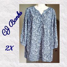 f78bda79820932 My New w o Tags CJ Banks Tunic Style Blouse • Navy White •